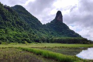 Khao-Ok-Thalu-Phatthalung-Thailand-02.jpg