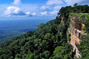 Khao-Phra-Wihan-National-Park-Sisaket-Ubon-Ratchathani-Thailand-04.jpg