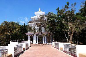 Khao-Rang-Phuket-Thailand-04.jpg