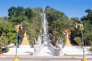 Khao-Sakae-Krang-Uthaithani-Thailand-02.jpg