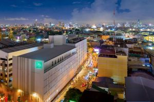 Khaosan-Road-Bangkok-Thailand-06.jpg