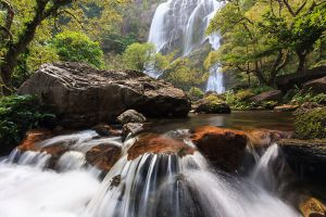 Khlong-Lan-National-Park-Kamphaengphet-Thailand-001.jpg