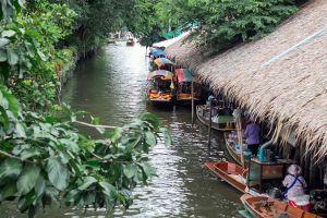 Khlong-Lat-Mayom-Floating-Market-Bangkok-Thailand-04.jpg
