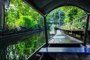 Khlong-Lat-Mayom-Floating-Market-Bangkok-Thailand-06.jpg
