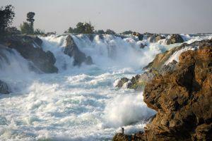 Khone-Phapheng-Falls-Champasak-Laos-005.jpg
