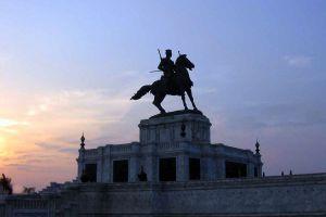 King-Naresuan-Monument-Ayutthaya-Thailand-05.jpg