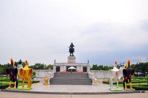 King-Naresuan-Monument-Ayutthaya-Thailand-07.jpg