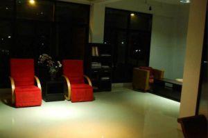 King-One-Serviced-Apartment-Bangkok-Thailand-Lobby.jpg