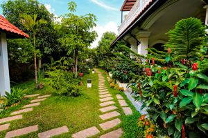 Kiri-Boutique-Hotel-Siem-Reap-Cambodia-Garden.jpg