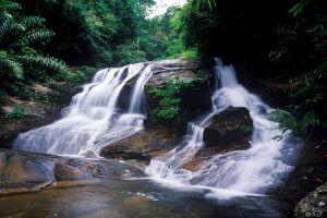 Klong-Pla-Kang-Waterfall-Rayong-Thailand-06.jpg