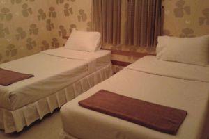 Ko-Kut-Ao-Phrao-Beach-Resort-Koh-Kood-Thailand-Room.jpg