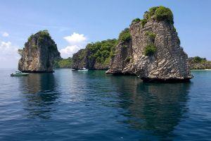 Koh-Ha-Five-Islands-Krabi-Thailand-01.jpg