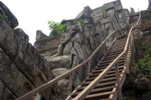 Koh-Ker-Temple-Preah-Vihear-Cambodia-002.jpg