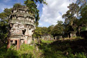 Koh-Ker-Temple-Preah-Vihear-Cambodia-003.jpg