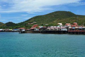 Koh-Lan-Coral-Island-Chonburi-Thailand-01.jpg
