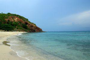 Koh-Lan-Coral-Island-Chonburi-Thailand-02.jpg