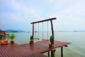 Koh-Lanta-Old-Town-Krabi-Thailand-01.jpg