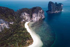 Koh-Lao-Liang-Trang-Thailand-02.jpg