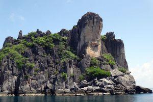 Koh-Ngam-Yai-Chumphon-Thailand-03.jpg