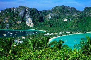 Koh-Phi-Phi-Don-Krabi-Thailand-002.jpg
