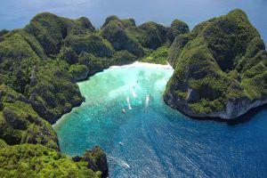 Koh-Phi-Phi-Le-Krabi-Thailand-002.jpg
