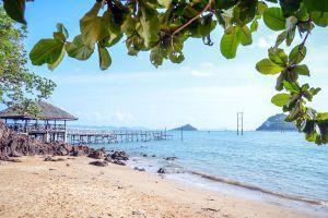 Koh-Phitak-Chumphon-Thailand-03.jpg