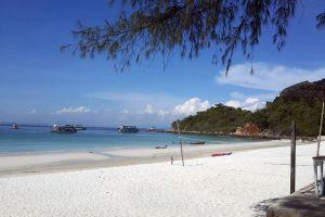 Koh-Sak-Chonburi-Thailand-01.jpg