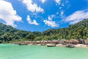 Koh-Surin-Tai-Phang-Nga-Thailand-01.jpg