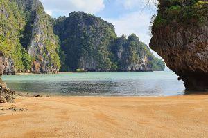 Koh-Talabeng-Lanta-Krabi-Thailand-03.jpg