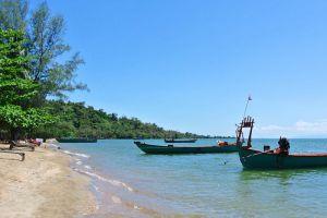 Koh-Tonsay-Kep-Cambodia-004.jpg
