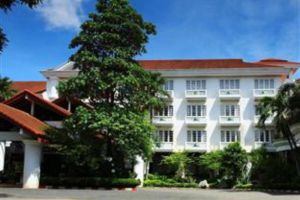 Kosit-Hill-Hotel-Petchaboon-Thailand-Exterior.jpg