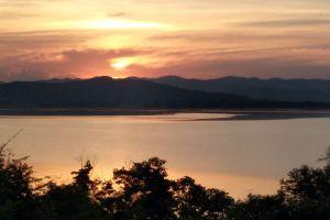 Krasiao-Dam-Suphan-Buri-Thailand-06.jpg