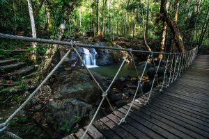 Krathing-Waterfall-Chanthaburi-Thailand-003.jpg