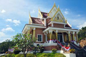Krom-Luang-Chumphon-Khet-Udomsak-Shrine-Thailand-01.jpg
