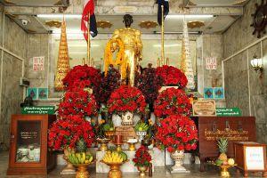 Krom-Luang-Chumphon-Khet-Udomsak-Shrine-Thailand-06.jpg