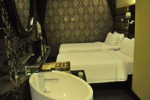 Kuala-Lumpur-Arenaa-Star-Hotel-Room.jpg