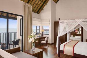 Kuala-Lumpur-Avani-Sepang-Goldcoast-Resort-Room.jpg