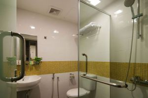 Kuala-Lumpur-Citin-Hotel-Masjid-Jamek-Bathroom.jpg