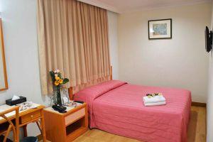 Kuala-Lumpur-Corona-Inn-Room-Double.jpg