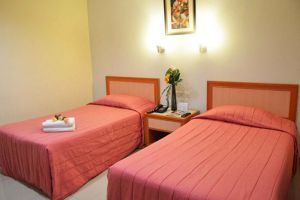 Kuala-Lumpur-Corona-Inn-Room-Twin.jpg