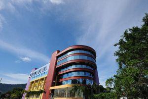 Kuala-Melaka-Inn-Langkawi-Kedah-Building.jpg