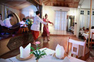 Kualao-Restaurant-Vientiane-05.jpg