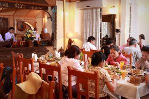 Kualao-Restaurant-Vientiane-06.jpg