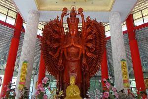 Kuan-Yin-Inter-Religious-Park-Phetchaburi-Thailand-01.jpg