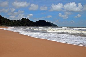 Kung-Wiman-Beach-Chanthaburi-Thailand-02.jpg