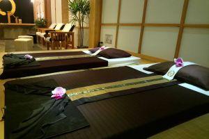 Kusatsu-Onsen-Spa-Chonburi-Thailand-08.jpg
