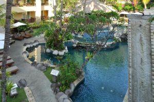 Kuta-Paradiso-Hotel-Bali-Indonesia-Pool.jpg