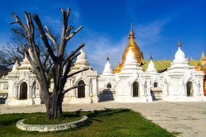 Kuthodaw-Pagoda-Mandalay-Myanmar-004.jpg
