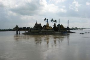 Kyauktan-Ye-Le-Pagoda-Yangon-Myanmar-002.jpg
