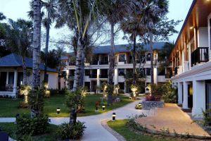 La-Flora-Resort-Spa-Khaolak-Thailand-Exterior.jpg